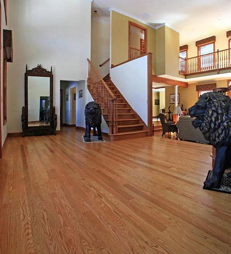 Red Oak Flooring Characteristics: Red Oak Wide Plank Hardwood Flooring